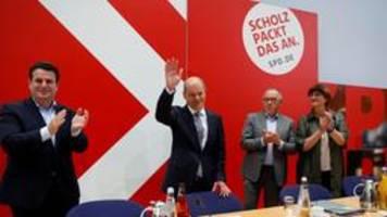 Parteien vor Sondierungen: SPD zielstrebig, Unruhe in der Union