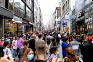 Konsum: Mehr Geld durch Corona-Pandemie: Die neue Lust am Einkaufen