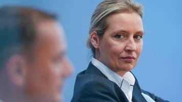 AfD-Führungsstreit: Alice Weidel sieht Jörg Meuthen im Brüsseler Schmollwinkel