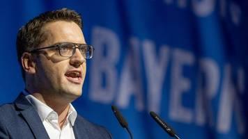 Bayerns JU-Chef Doleschal drängt Schäuble zu Mandatsverzicht