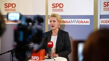 Weichen für rot-rote Koalition - Mecklenburg-Vorpommern: Schwesig will mit Linken regieren