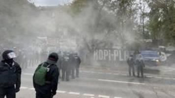 linksautonomes wagencamp: berliner polizei bereitet köpi-räumung vor
