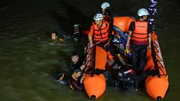 indonesien: elf schüler bei ausflug ertrunken