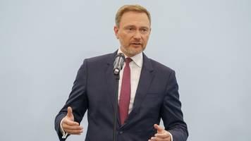 Nach Wahl-Desaster: FDP-Chef Christian Lindner warnt vor Rechtsruck in CDU