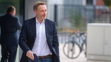 ampel-koalition: fdp stimmt aufnahme von koalitionsverhandlungen zu