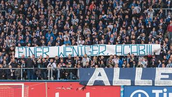 hamburger polizist gestorben: hansa rostock-fans sorgen mit banner für eklat