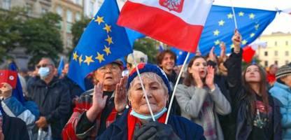 Katarina Barley zum EU-Streit mit Polen: »Ich erhoffe mir deutlichere Worte von der neuen Bundesregierung«