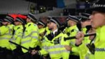 sarah everard : londoner polizei verschärft nach mordfall vorgaben für beamte