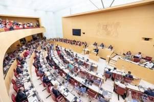 sieben corona-fälle im bayerischen landtag