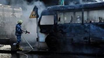 mindestens 14 tote bei anschlag auf militärbus in damaskus
