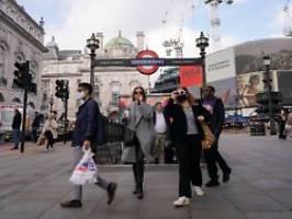 gesundheitsdienst in gefahr: britische Ärzte drängen auf corona-regeln