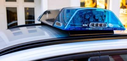 Bremen: Maskenverweigerer tritt auf Tankwart ein