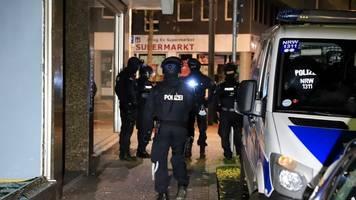 polizeieinsatz - drogenrazzien in nrw: polizei hebt marihuana-ring aus