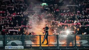 conference league: bei pleite von union berlin – polizeihunde beißen fans