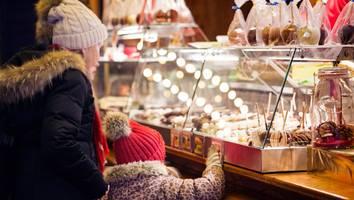 christkindlmärkte starten - weihnachtsmarkt ohne maske? das sind die neuen regel für den glühwein-besuch