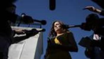 kapitol-angriff: us-repräsentantenhaus stimmt für anklage gegen steve bannon