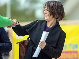 Halbe-halbe im Ampel-Kabinett?: Baerbock will mehr Ministerinnen