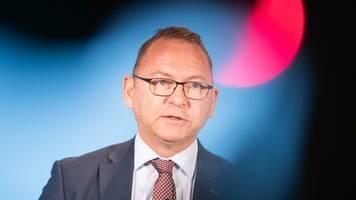 nachfolger von frank bsirske: deutsche bank: verdi-chef frank werneke soll in aufsichtsrat einziehen