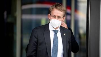 Günther: Impfpflicht für bestimmte Berufe letzter Schritt