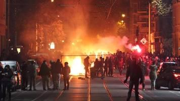 Großeinsatz in Leipzig: Polizei bereitet sich trotz Demo-Verboten auf Krawalle vor