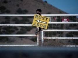 Todesfall am Filmset: Alec Baldwin erhielt Waffe als Cold Gun