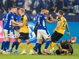 Polizistin vor Anpfiff verletzt: Schalke zieht mit dem Tabellenführer gleich