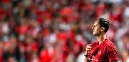 Dino Toppmöller beim FC Bayern München: Julian Nagelsmann gibt Anweisungen vom Küchentisch