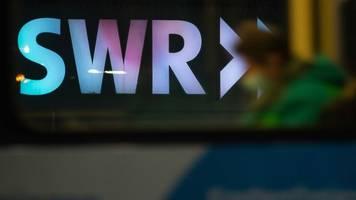 SWR Aktuell: CDU-Stadtrat greift in SWR-Live-Schalte ein - Abbruch