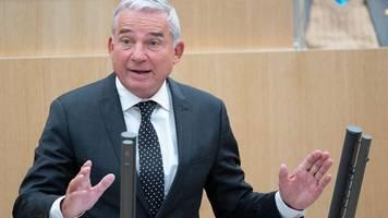 Strobl gerät bei CDU unter Druck: Forderung nach Rückzug