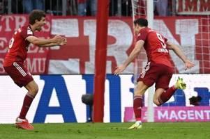 FC Bayern schlägt Hoffenheim 4:0 - Debatte um Kimmichs Impfstatus