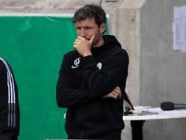 Nach vier Niederlagen in Serie: Wolfsburg schmeißt Trainer van Bommel raus