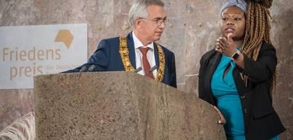 Frankfurter Buchmesse 2021: Debatte über rechte Verlage auch bei Friedenspreis-Verleihung
