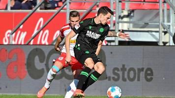 Jahn Regensburg zittert lange beim 3:1 - Vorfreude auf Pokal