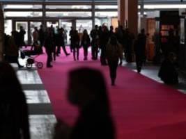 Frankfurter Buchmesse: Autorinnen und Autoren im Gespräch mit der SZ
