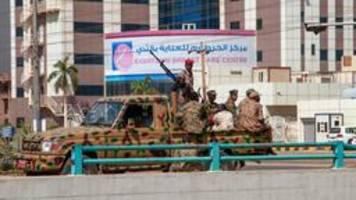 nach putsch: sudanesisches militär erklärt ausnahmezustand