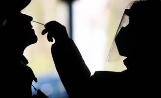 pandemie: negativtrend bei corona-daten - inzidenz teilweise über 200